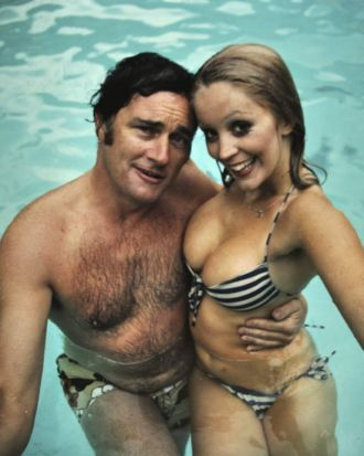 Pete Smith with Cheryl Rixon in the pool at Richmond studios.