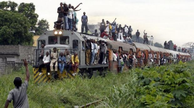 This picture taken on November 8, 2006 shows a commuter train carrying Congolese people in Kinshasa. At least 57 people ...