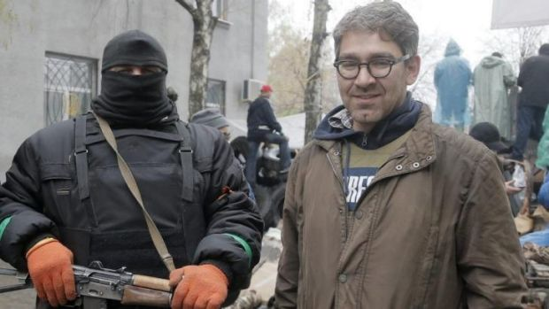 American journalist Simon Ostrovsky has been released in eastern Ukraine.