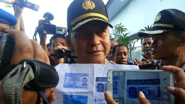 A photo of Lockley taken by an Indonesian official, after he allegedly caused a hijacking scare on a flight bound for Bali.