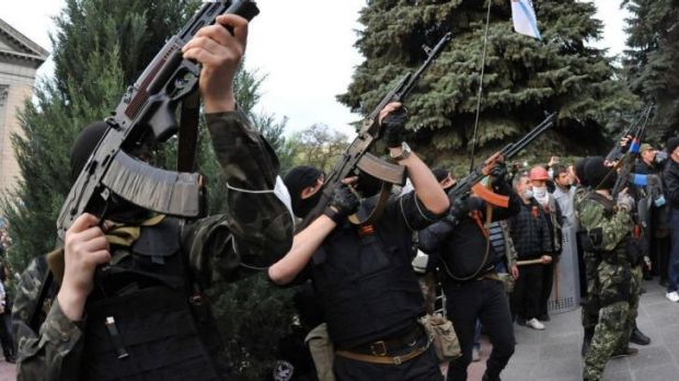Pro-Russian militiants attack the regional police building of the eastern Ukraine city of Luhansk.