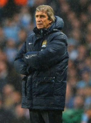 """Manuel Pellegrini: """"Of course, I expect to win the title now because we are top of the table."""""""