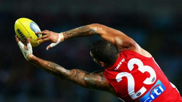 Lance Franklin of the Swans marks during the round eight match against his old club, Hawthorn.