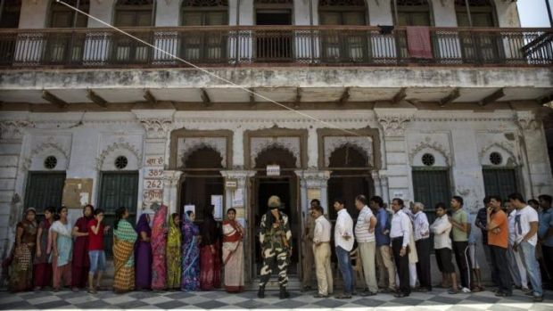 Queues to vote on the final day of polling in Varanasi, India.