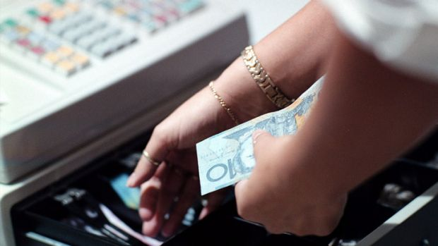 Cash has made a small comeback after the initial onslaught of contactless payment cards.