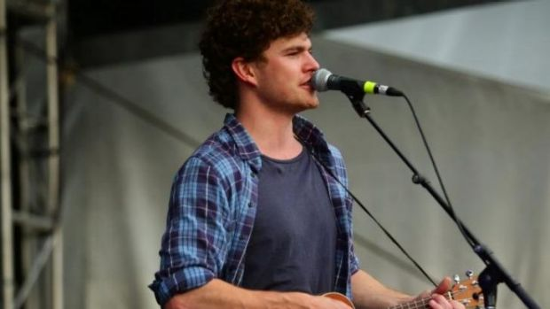 Vance Joy performs at the 2014 Groovin The Moo Festival.