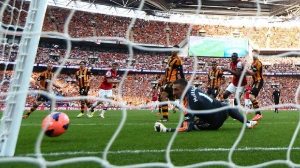 Aaron Ramsey nets home the winner for Arsenal in extra-time.