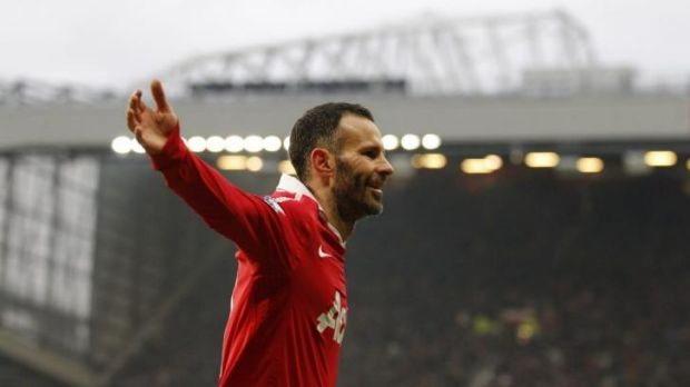 Ryan Giggs won 13 Premier League titles during his career.