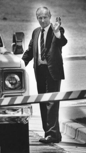 The bent blue line: Former NSW police detective Roger Rogerson prepares to leave Long Bay Jail in December 1990.