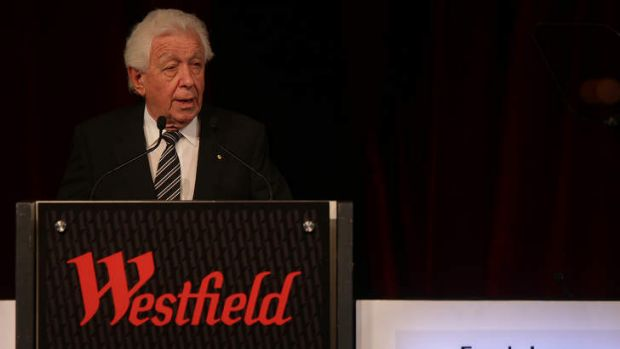 Not backing down: Frank Lowy speaks at the Westfield 2014 AGM.