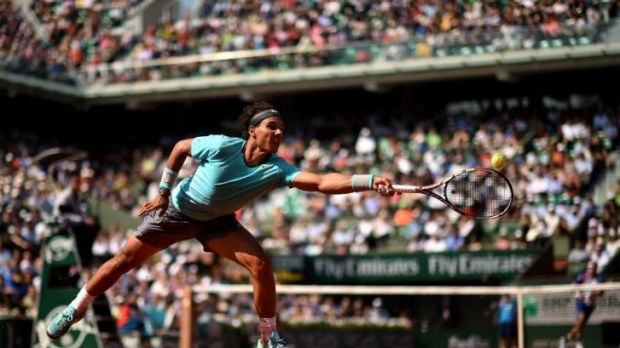 Rafael Nadal stretches for a forehand against Leonardo Mayer.