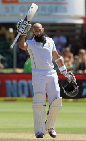 Hashim Amla acknowledges the applause after reaching a century in the second Test against Australia earlier this year.