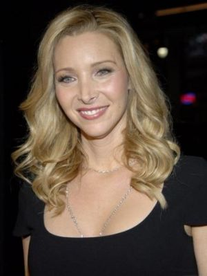 Actress Lisa Kudrow demands a retrial over earnings dispute with former manager Scott Howard.