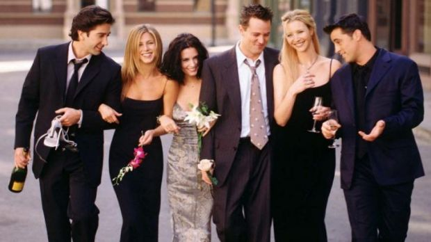 <i>Friends</i> stars (L-R) David Schwimmer, Jennifer Aniston, Courteney Cox, Matthew Perry, Lisa Kudrow and Matt LeBlanc.