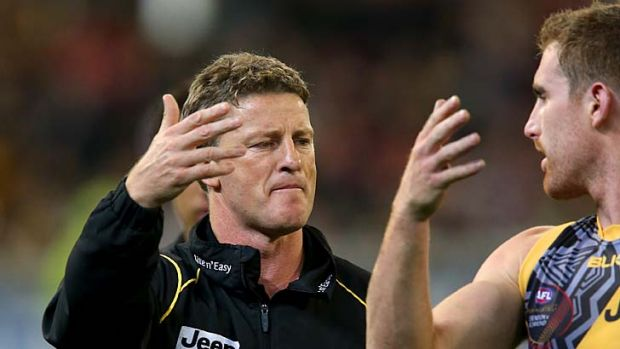 Richmond coach Damien Hardwick with Daniel Jackson during Richmond's Dreamtime disaster.
