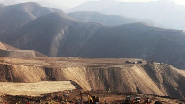 Scientists have criticised the campaign to flatten mountains to make way for cities.