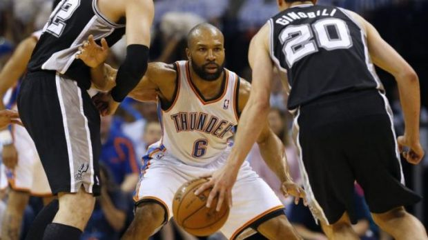 Derek Fisher guards Manu Ginobili during the Western Conference finals.