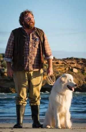 Shane Jacobson and Kai the maremma in the film <i>Oddball</i>, being shot in Warrnambool and Docklands Studios Melbourne.