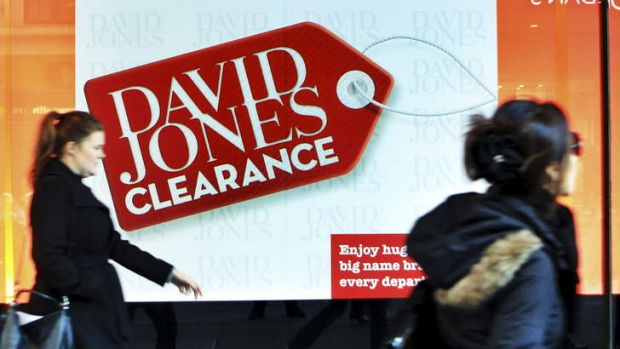 Woolworths' bid for the David Jones chain is slowly losing steam.