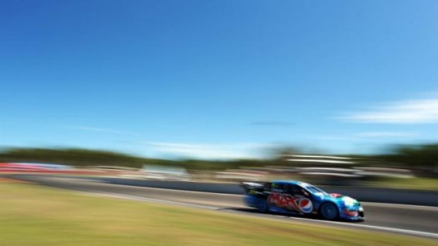 Mark Winterbottom drives the #5 Pepsi max Crew Ford during practice for round six of the V8 Supercar Championship Series ...