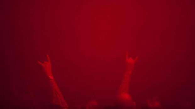 The crowd in the red mist at Sun O))).