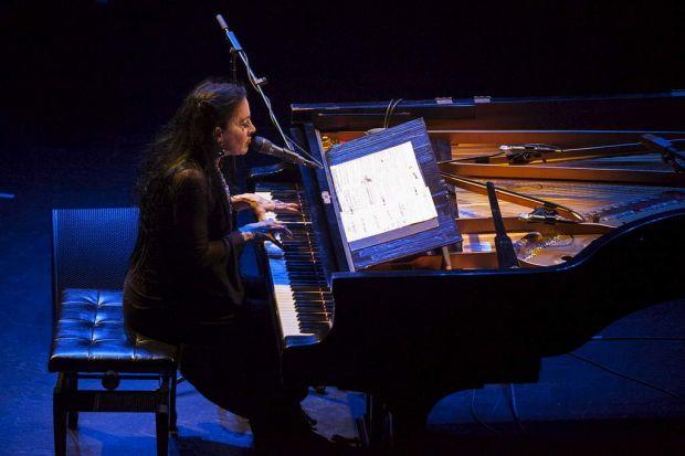 Diamanda Galas at her piano.