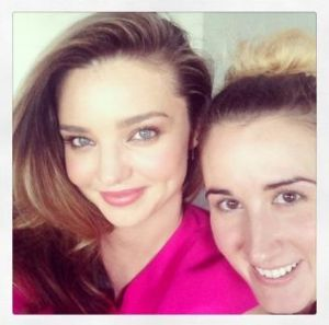 """I could be your life coach"": Miranda Kerr tried to teach the author how to take a selfie."