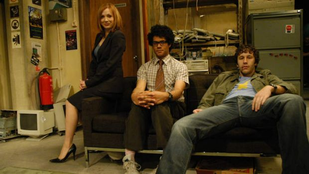 O'Dowd (at right) as Roy in <i>The IT Crowd</i>, with Katherine Parkinson as Jen and Richard Ayoade as Moss.