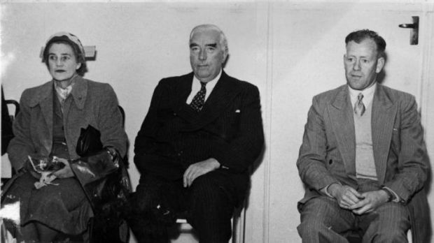 Ken Macdonald with Pattie and Sir Robert Menzies at the opening of Eastlake's original clubhouse at Kingston Oval in 1953.