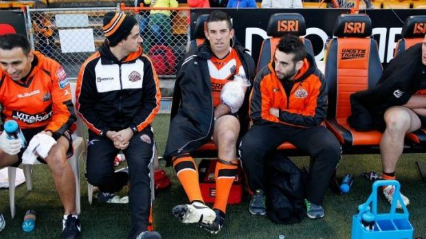 Unhappy day at the office: Tigers veteran Braith Anasta finished the match on the bench with an arm injury.