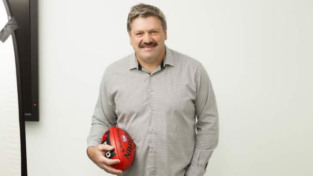 Veteran commentator Brian Taylor has apologised for his offensive comment.