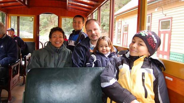 Shaliza Dewa and Johannes van den Hende moved to Melbourne with their children in 2007.