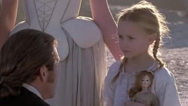 Skye Bartusiak in a scene with Mel Gibson in <i>The Patriot</i>.