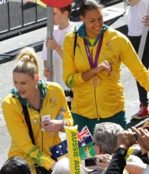 Stars: Lauren Jackson and Liz Cambage.