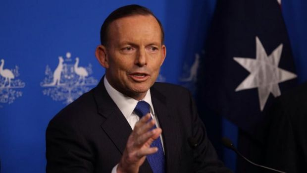 Tony Abbott confirms he personally told News Corp columnist Andrew Bolt  about the dumping of changes to race-hate laws.