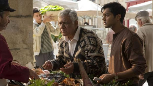 Culture clash: Papa (Om Puri, centre) and Hassan (Manish Dayal) shopping for food.
