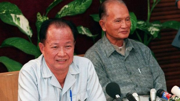 Khmer Rouge leaders Khieu Samphan, left, and Nuon Chea in 1998.