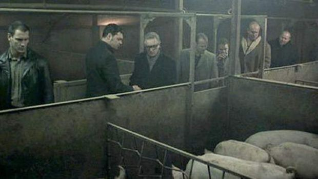A scene from the movie Snatch, in which a crime boss discusses hiding bodies by feeding them to pigs.