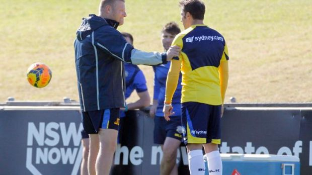 Josep Gombau shares a moment with Alessandro Del Piero in training.