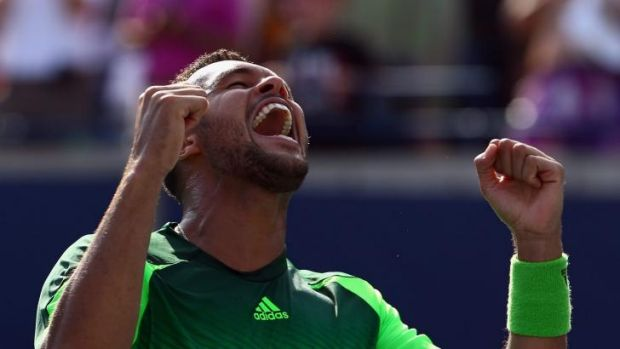 Jo-Wilfried Tsonga celebrates his victory in Toronto.