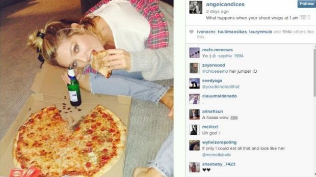 Candice Swanepoel: eats food!