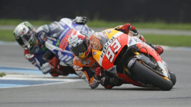 Marc Marquez leads Jorge Lorenzo during the Indianapolis Grand Prix.