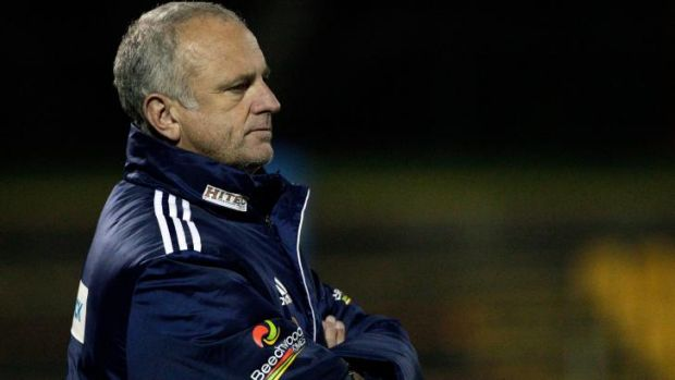 Sydney FC coach Graham Arnold says he will not be taking any fitness gambles before the start of the A-League.
