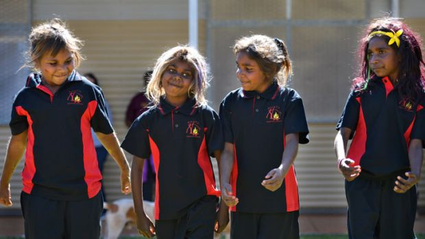 Amata school kids performing at traditional dance for Indigenous Affairs Minister Nigel Scullion.