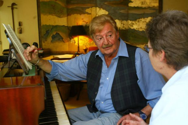 Peter Sculthorpe and Coonabarrabran teacher Diane Suthons on October 22, 2004 at Sculthorpe's studio in Woollahra.