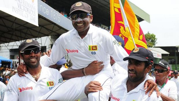 Mahela Jayawardene is chaired off the ground by his teammates after Sri Lanka won the second Test against Pakistan on Monday.