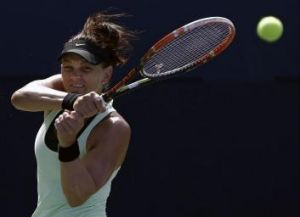 Dellacqua will play next Chinese qualifier Qiang Wang in the second round.