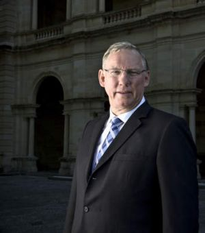SEENEY AFR PHOTOGRAPH BY GLENN HUNT, 9th January 2013. NEWS - Qld Deputy Premier Jeff Seeney standing outside Parliament ...