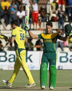 Faf du Plessis acknowledges the crowd after reaching his hundred.