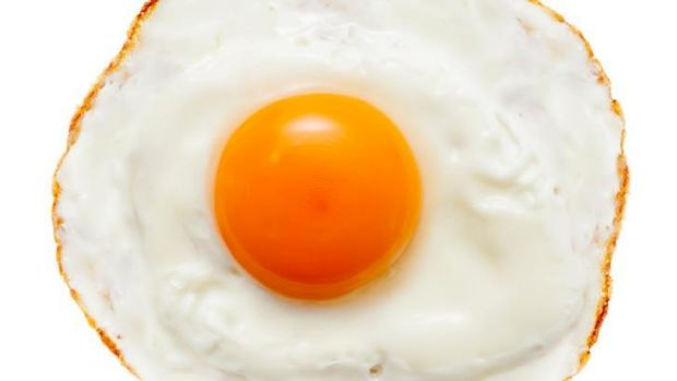 Good fat: eggs.